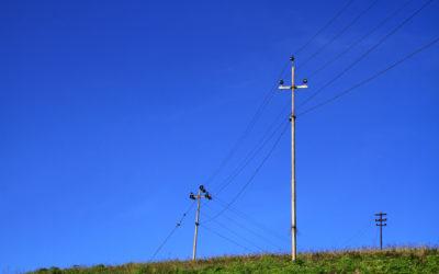 Tarifas de energía podrían subir hasta un 8% por intenso verano: ANDEG